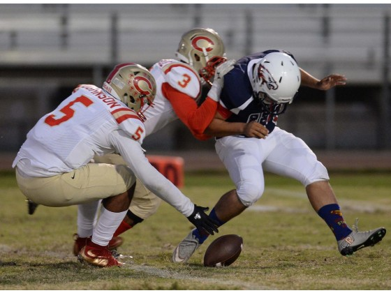 Corona recovered a botched punt early in Week 3. / Photo by Robert A. Whitehead for The Press-Enterprise